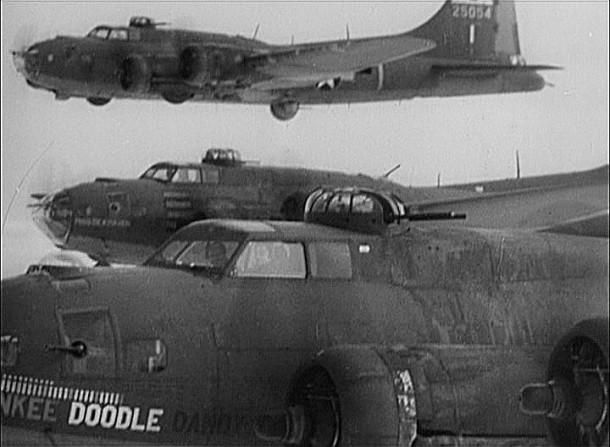 B-17s in flight